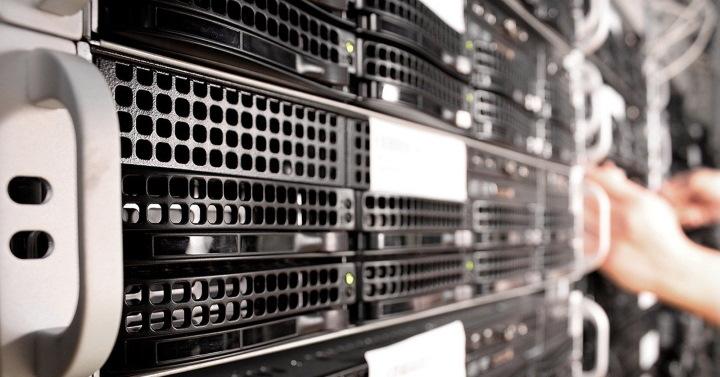Разница между веб-хостингом и доменным именем?